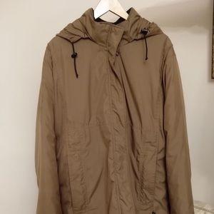 Kanuk beige winter coat